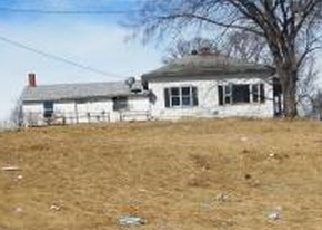 Foreclosed Home in QUAIL AVE, Bloomfield, IA - 52537