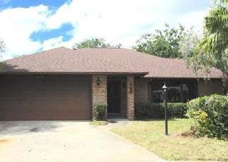 Foreclosed Home en PLYMOUTH CT NE, Palm Bay, FL - 32905