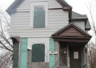 Foreclosed Home en N 6TH ST, Milwaukee, WI - 53212