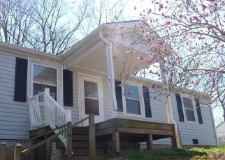 Foreclosed Home en TAHOE DR, Collinsville, VA - 24078
