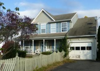 Foreclosed Home en REGAL CT, Woodbridge, VA - 22193