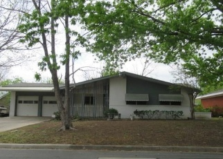 Foreclosed Home in BRADFORD DR, Arlington, TX - 76010