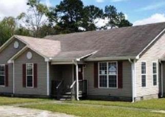 Foreclosed Home en FLEETWOOD DR, Fort Valley, GA - 31030