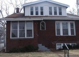 Casa en ejecución hipotecaria in Saint Louis, MO, 63120,  ARLINGTON AVE ID: F4395654