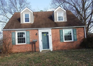 Foreclosed Home en PENFIELD AVE, Norristown, PA - 19403