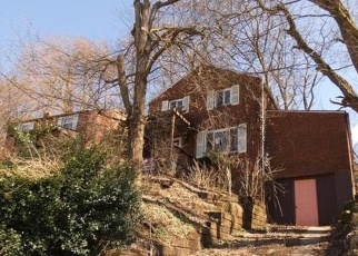 Foreclosed Home en SAYLONG DR, Pittsburgh, PA - 15235