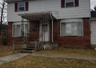 Foreclosed Home en JAY ST, Mill Hall, PA - 17751