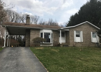Foreclosed Home en WOODVIEW RD, Finksburg, MD - 21048