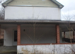 Foreclosed Home en MANOR RD, Coatesville, PA - 19320