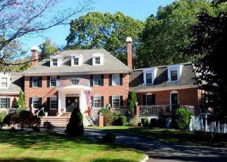 Casa en ejecución hipotecaria in Wilton, CT, 06897,  CHERRY LN ID: F4395804