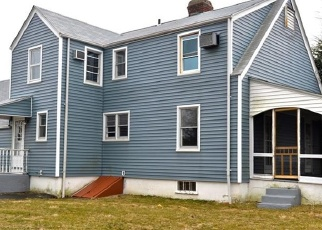 Foreclosed Home in REGENT ST, Bridgeport, CT - 06606