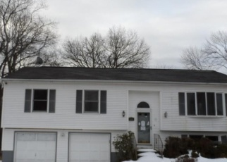 Foreclosed Home in BOLTON ST, Hamden, CT - 06518