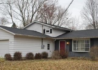 Foreclosed Home en GULF RD, Elyria, OH - 44035