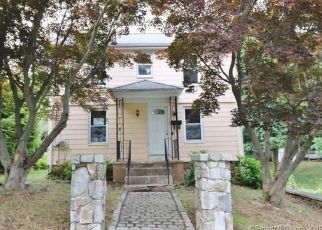 Foreclosed Home en SYLVAN AVE, Wallingford, CT - 06492