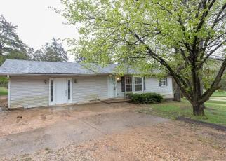 Foreclosed Home en OAKWOOD RD, Potosi, MO - 63664