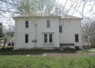 Foreclosed Home en E GREEN ST, Clinton, MO - 64735