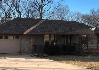 Foreclosed Home en PROSPECT ST, Waynesville, MO - 65583