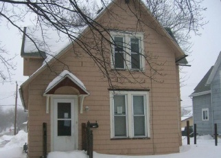 Foreclosed Home en W COLLEGE ST, Albert Lea, MN - 56007