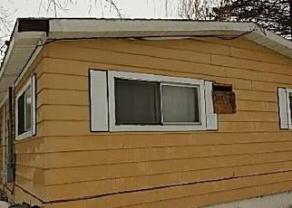 Foreclosed Home en W JENNINGS RD, Lake City, MI - 49651