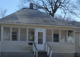 Foreclosed Home in W SOUTH ST, Clinton, IL - 61727