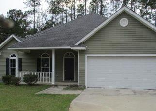 Foreclosed Home en BENNETTS CIR, Jesup, GA - 31545