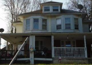 Casa en ejecución hipotecaria in Glenolden, PA, 19036,  E LOGAN AVE ID: F4396242