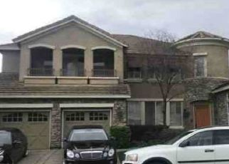 Foreclosed Home en STONE CANYON DR, Roseville, CA - 95661