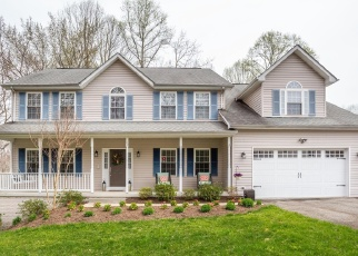 Foreclosed Home en CROSS POINT DR, Owings, MD - 20736