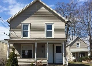 Foreclosed Home en PRATT ST, Fulton, NY - 13069