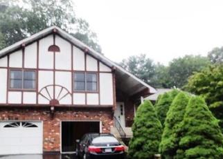 Foreclosed Home en MIDDLEWAY E, Waterbury, CT - 06708