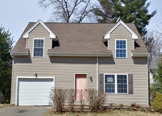 Foreclosed Home in WHITE OAK WAY, Torrington, CT - 06790