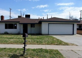 Foreclosed Home en S WHITNEY ST, Tulare, CA - 93274