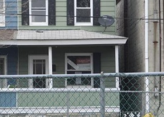 Foreclosed Home en PARK AVE, Summit Hill, PA - 18250