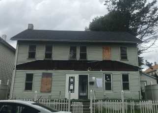 Foreclosed Home en S 9TH AVE, Scranton, PA - 18504