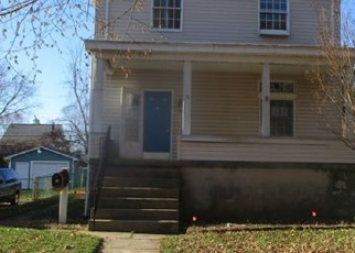 Foreclosed Home en BELMAR AVE, Baltimore, MD - 21206