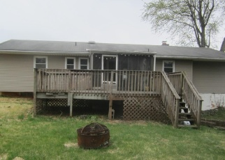 Foreclosed Home en RIVERVIEW DR, Middletown, PA - 17057