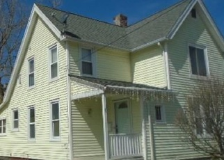 Foreclosed Home in S WHITNEY ST, Hartford, CT - 06106