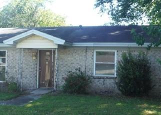 Casa en ejecución hipotecaria in Savannah, GA, 31407,  DIXIE ST ID: F4396702