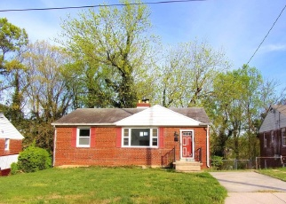 Foreclosed Home en HALLECK ST, District Heights, MD - 20747
