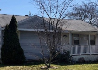 Foreclosed Home en AIRCRAFT RD, West Haven, CT - 06516