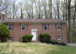 Foreclosed Home en COLONIAL LN, Clinton, MD - 20735