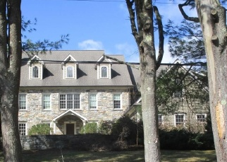 Foreclosed Home in WARNCKE RD, Wilton, CT - 06897