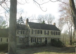 Foreclosed Home en STRAWBERRY RIDGE RD, Ridgefield, CT - 06877