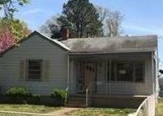 Foreclosed Home en THOMPSON ST, Richmond, VA - 23222