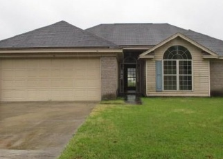 Foreclosed Home en MEADOWSIDE LN, Savannah, GA - 31405