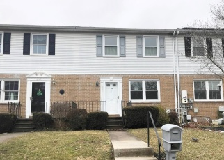 Foreclosed Home en NEARBROOK LN, Parkville, MD - 21234