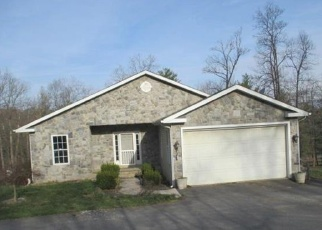 Foreclosed Home en DRUMMER HILL RD, Front Royal, VA - 22630