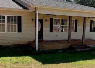 Foreclosed Home en LISA WOODS LN, Eatonton, GA - 31024