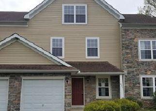 Foreclosed Home en RIDGE VIEW CIR, East Stroudsburg, PA - 18302