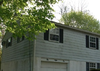 Foreclosed Home en DULLES DR, Coatesville, PA - 19320